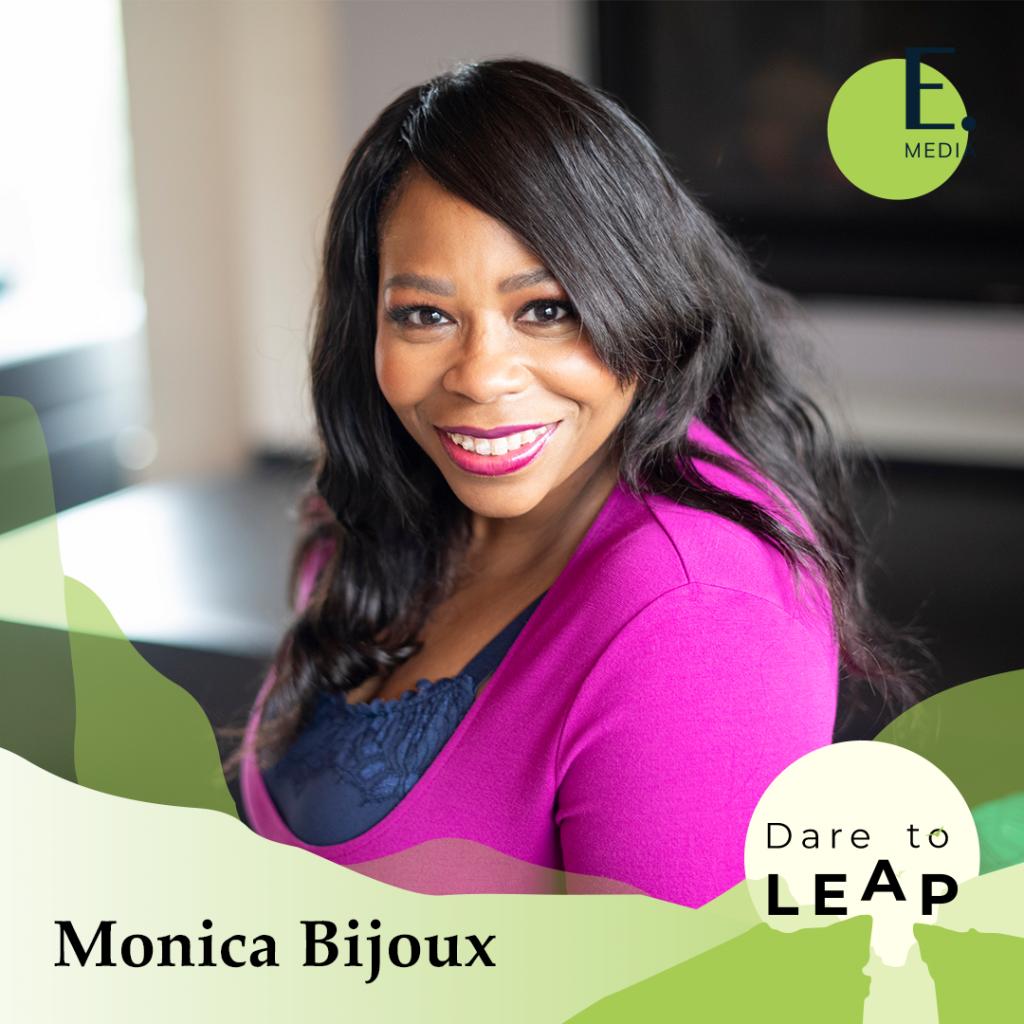 DTL 053 Monica Bijoux